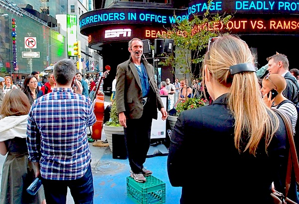 Donald Fleming on a soapbox - Times Square